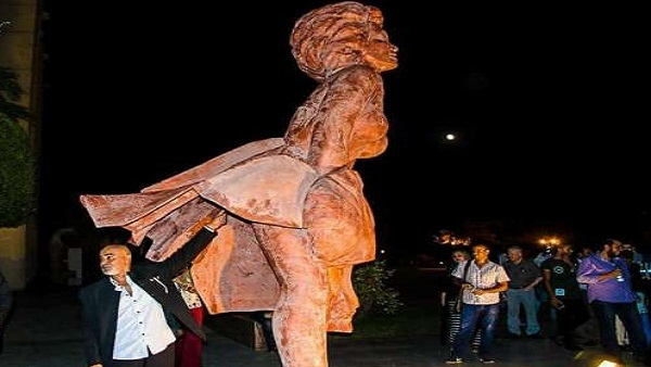 Statue of Marilyn Monroe at Cairo Opera House stirs controversy