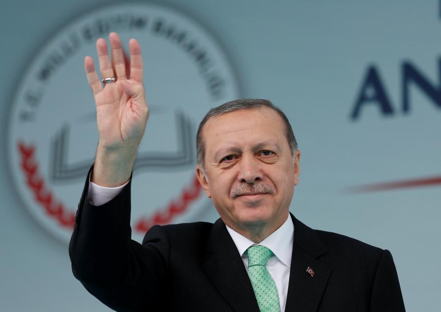Erdogan heads to France seeking EU thaw