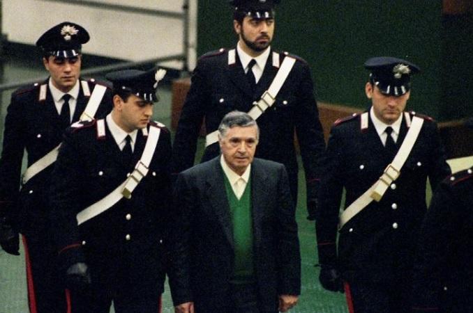 Notorious Sicilian mafia 'Godfather' from Corleone, Salvatore 'Toto' Riina, dies at 87