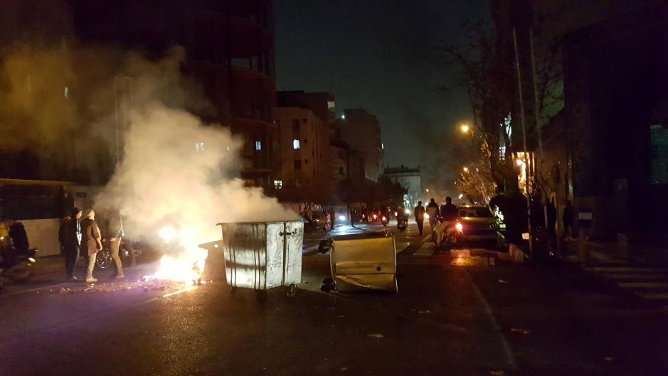 Women demonstrate unprecedented courage in Mashhad protest
