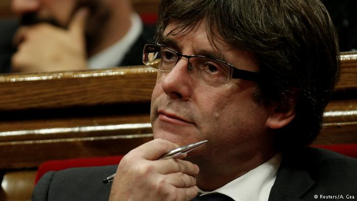 Hundreds of People Express Support for Carles Puigdemont in Catalonia