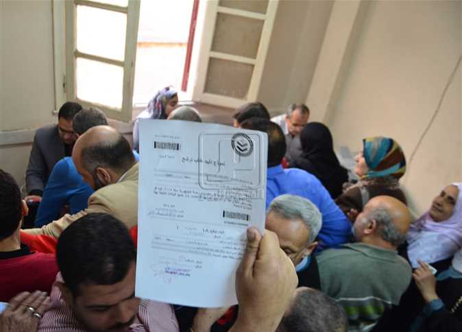 Moderate turnout for presidential candidacy authorizations, presidential hopefuls complain of harassment
