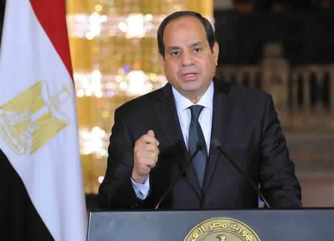 Sisi stresses importance of new health insurance law in meeting with ministers