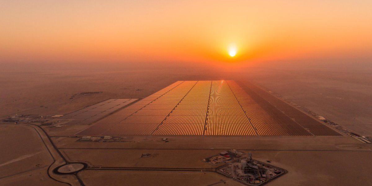 Egypt Builds World S Largest Solar Park Egypt Independent